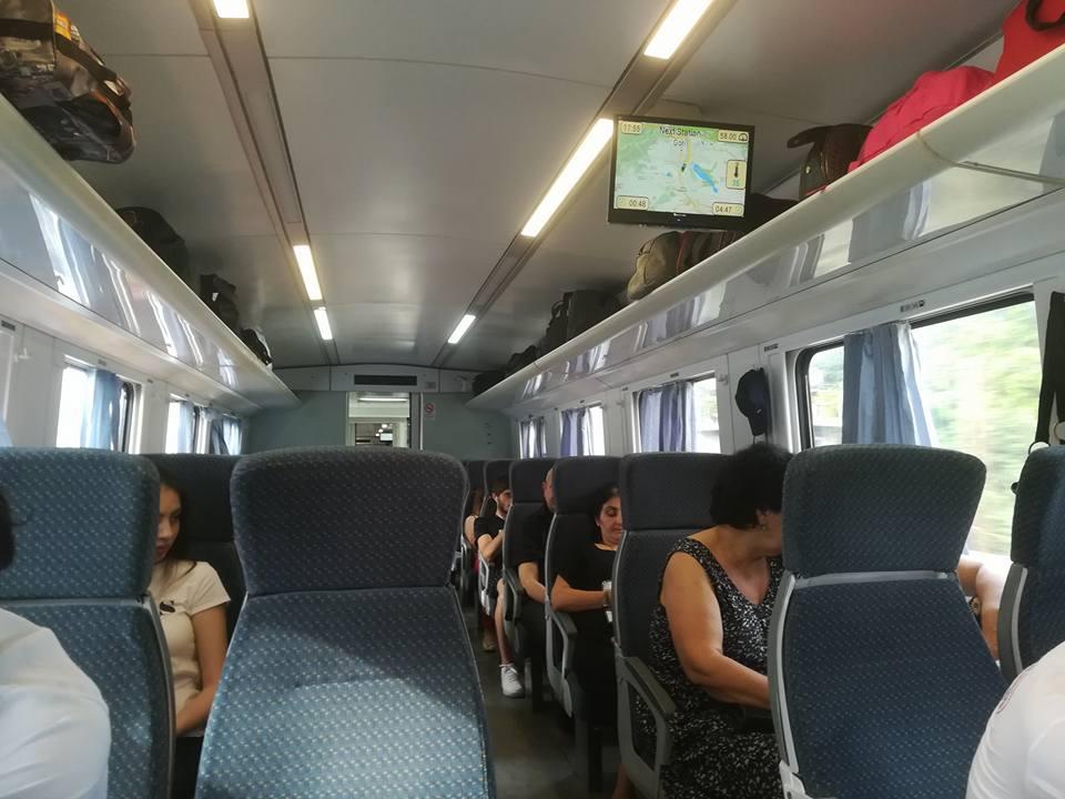 Wnętrze pociągu pospiesznego Poti - Tbilisi