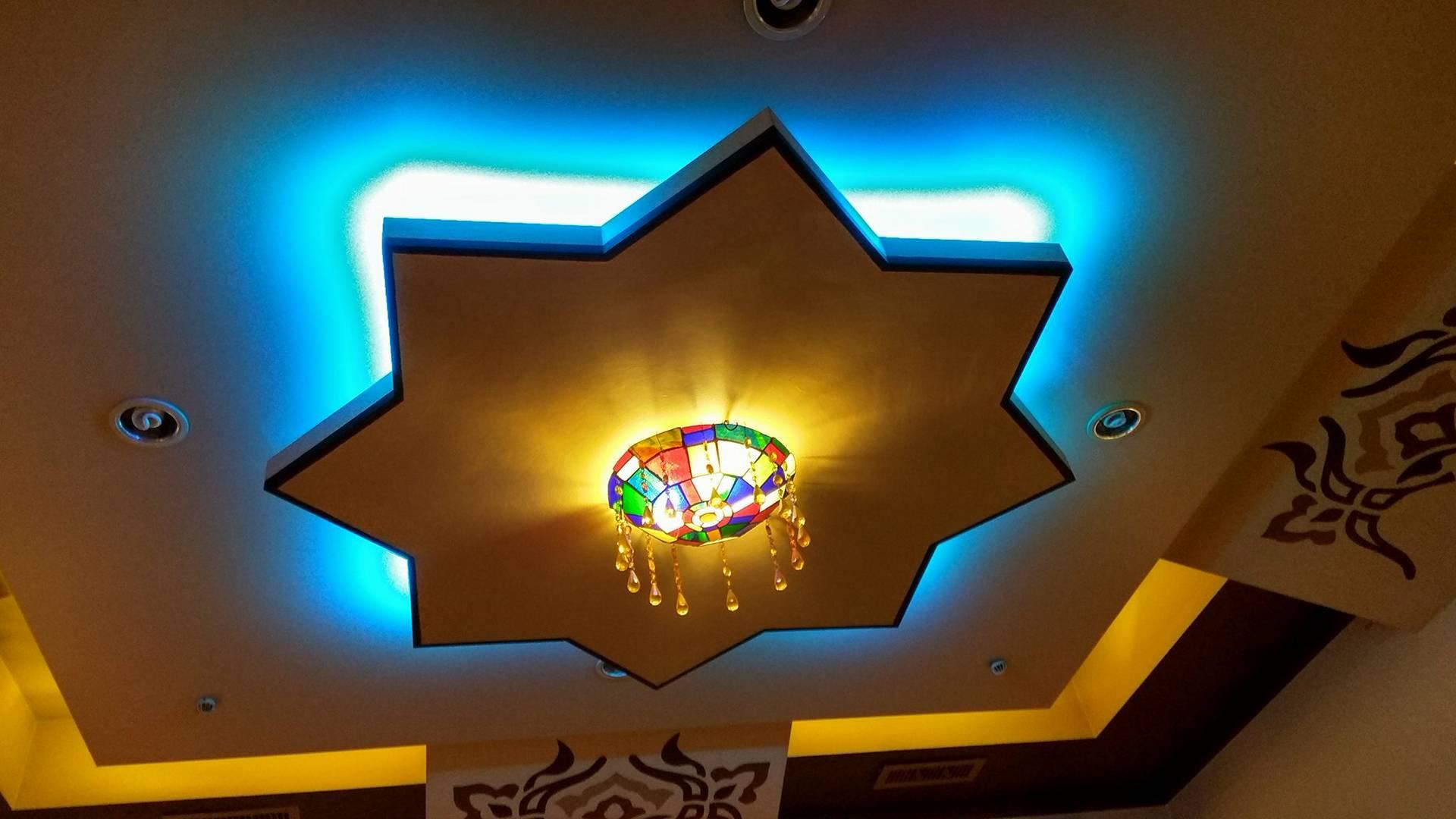 Wieczór w pysznej, libańskiej restauracji