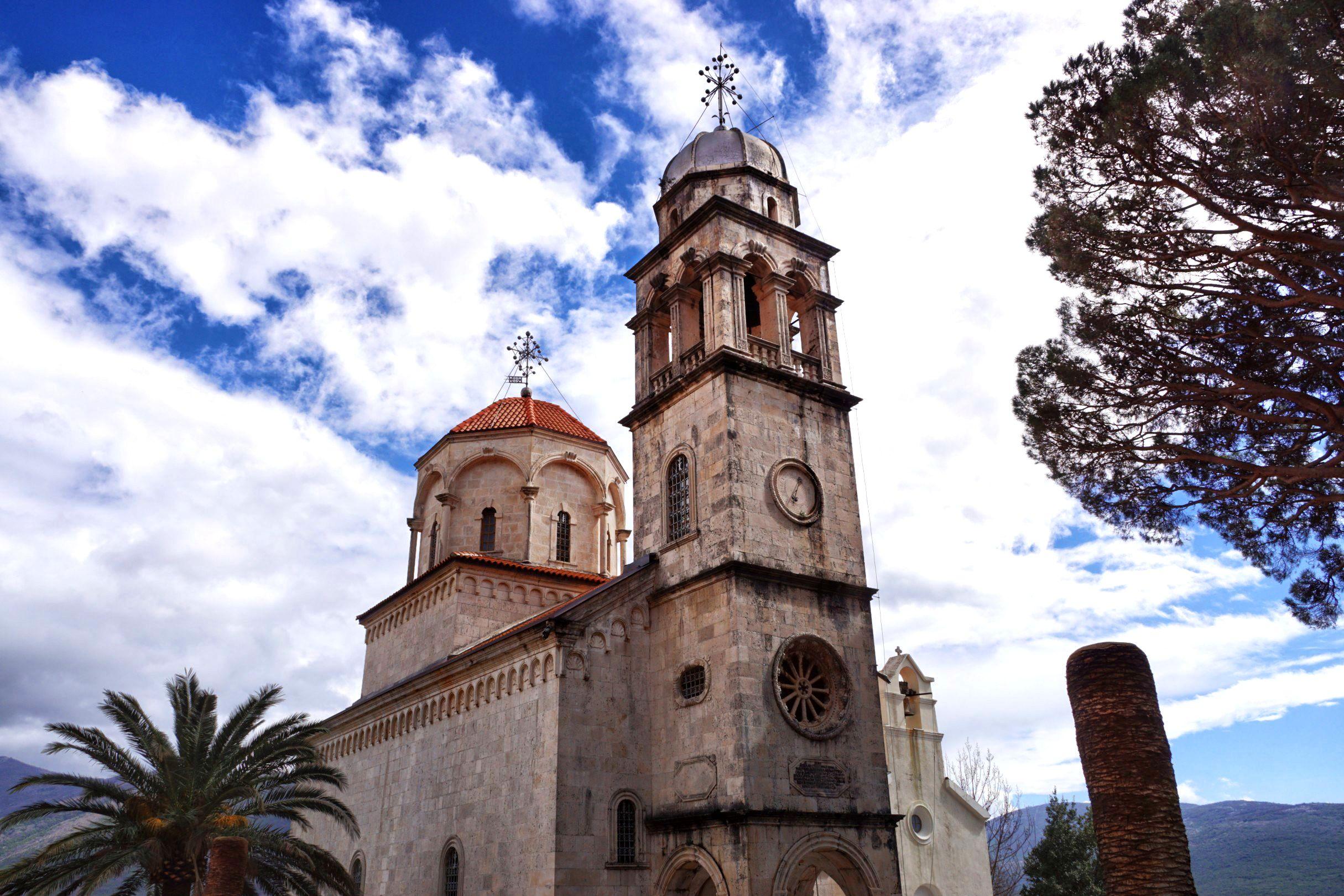 Piękny Monaster Savina wielka cerkiew Zaśnięcia NMP