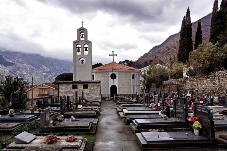 Cmentarz w Prcanju