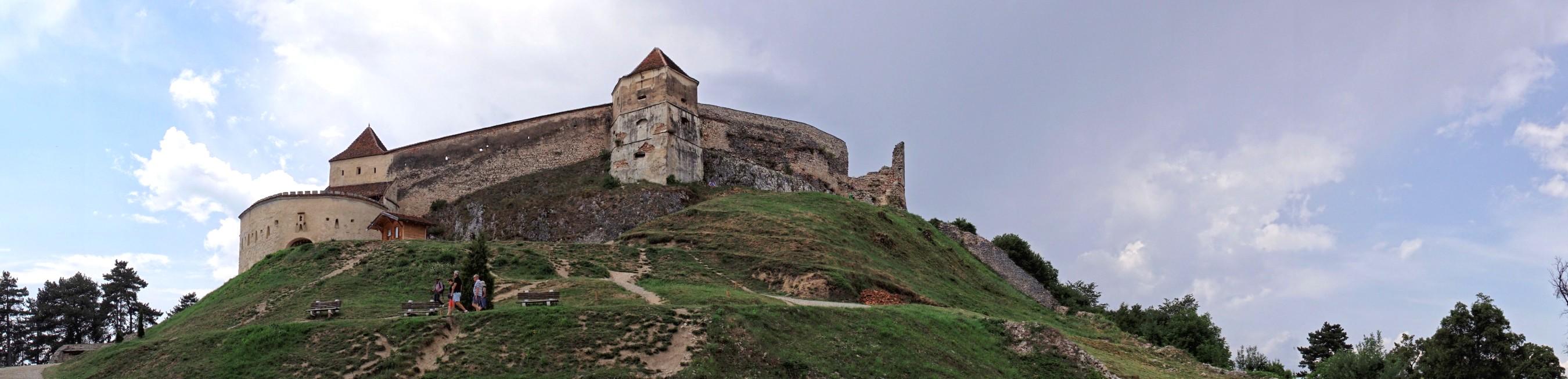 Zamek w Rasnovie w panoramie