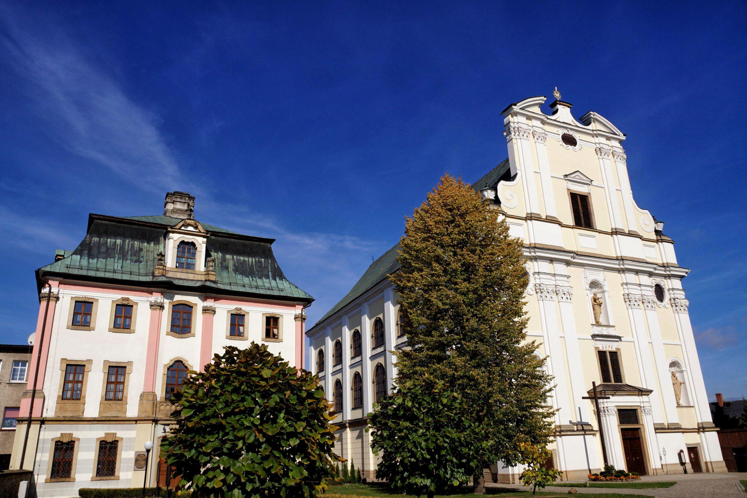 kościół św. Józefa w Krzeszowie