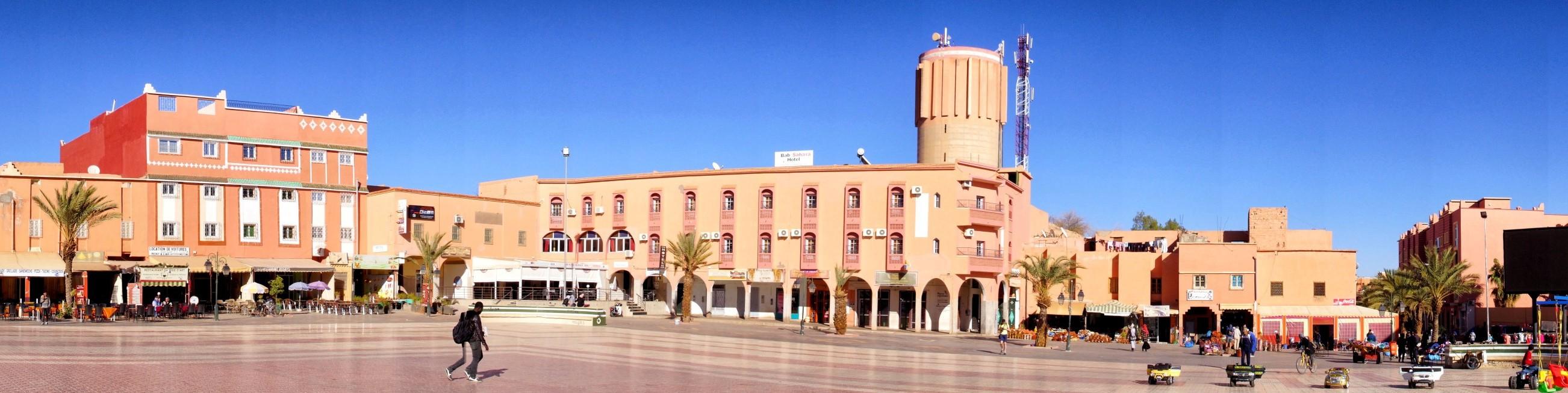 Place al-Mouahidine, czyli serce Ourzazate