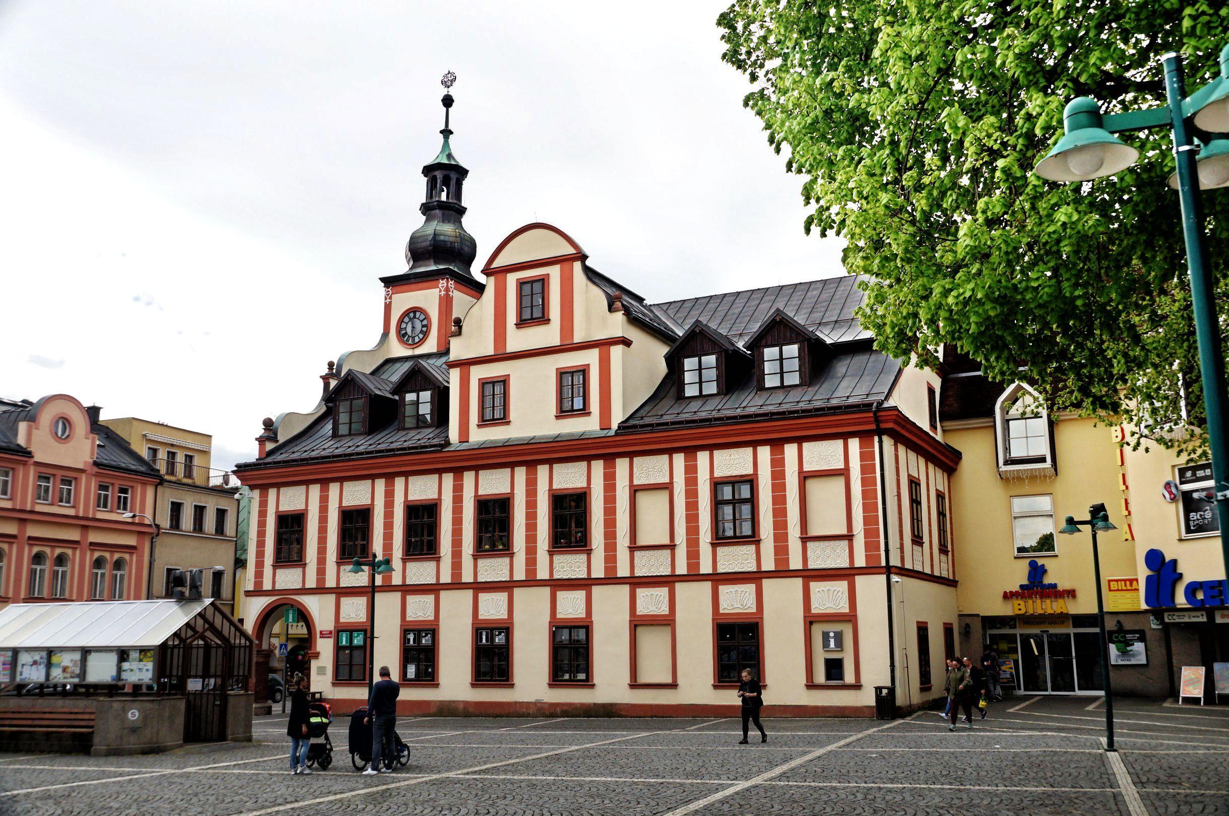 Jeden z pięknych, karkonoskich domów w Vrchlabi