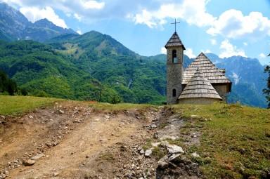 kamienny kościółek w Theth